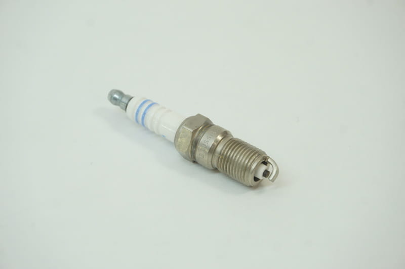 Spark Plug Connector on