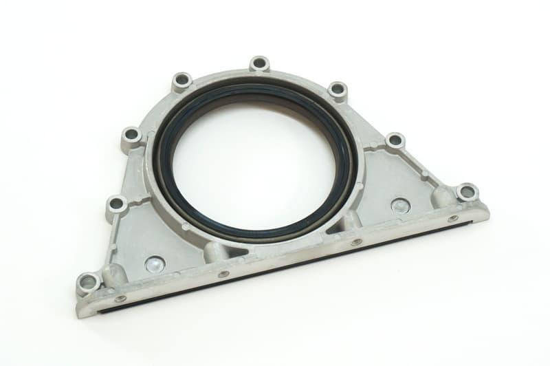 Engine Oil Filter For BMW E60 545i E63 645Ci E65 745i 745Li E53 X5 4.4i 4.8is V8