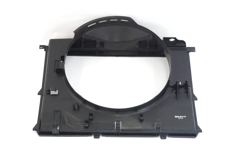 BMW 530i ÜRO Engine Cooling Fan Shroud 17101438457 17101438457 New
