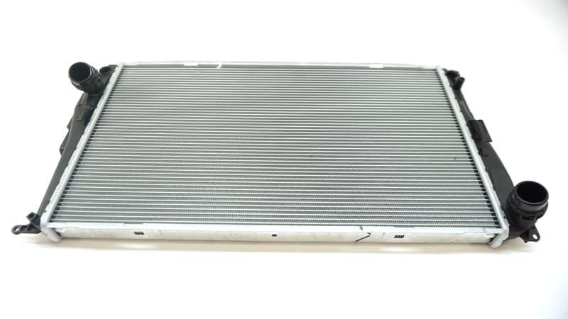 For BMW 135is 335i xDrive 335xi Z4 Upper Radiator Coolant Hose To Engine Genuine