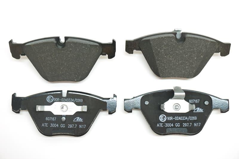 34 11 6 794 915 BMW Genuine Front Brake Pads Repair Kit