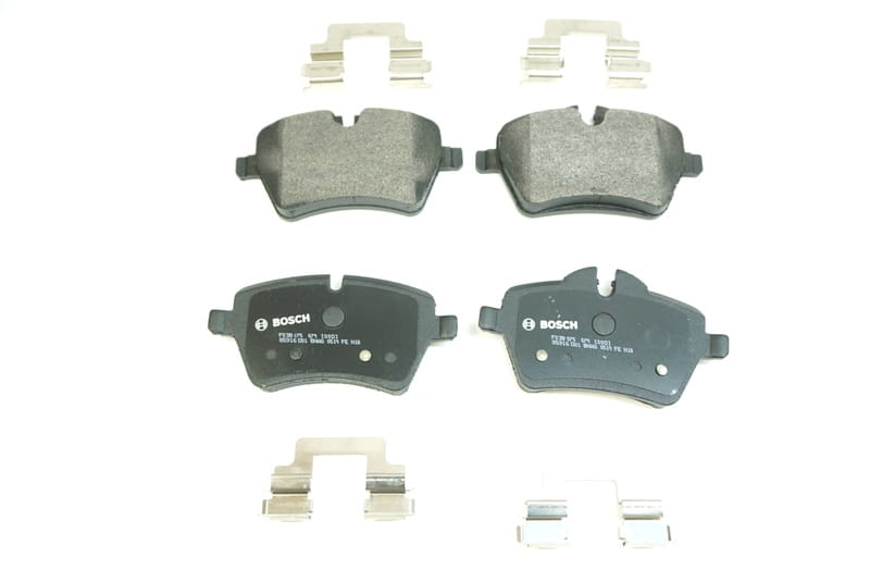 Both Left and Right PROFORCE SMD699 Semi Metallic Disc Brake Pads Set Front