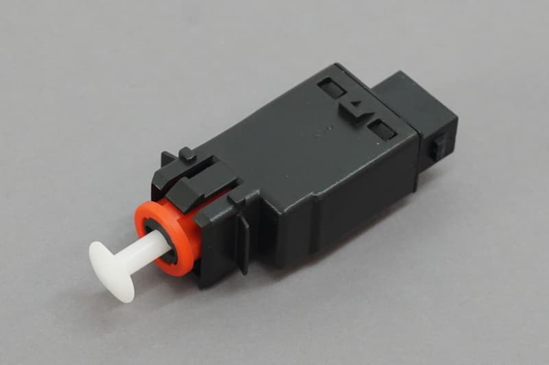 2 Pin Connector Facet 7.1058 61 31 8 360 420 Brake Light Switch